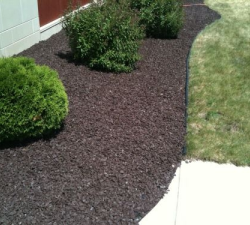 Commercial Rubber Mulch