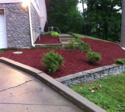Red Residential Landscaping Mulch